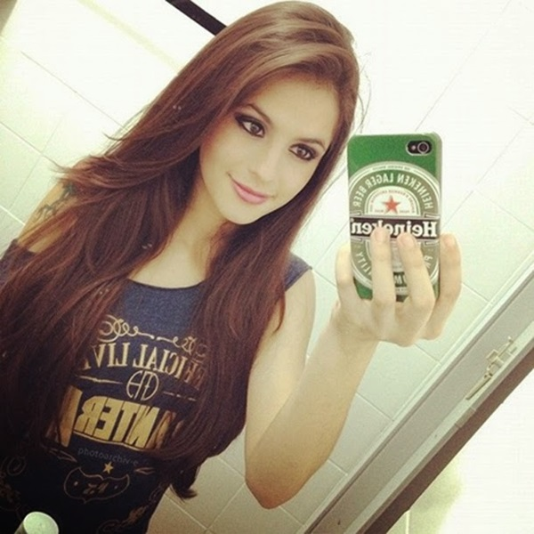 Cute-Teen-Fashion-Selfie-Girls-(Girl Selfie DP for Facebook)