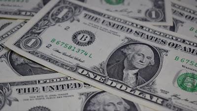 Wallpaper free money in US dollars+ Download Wallpapers