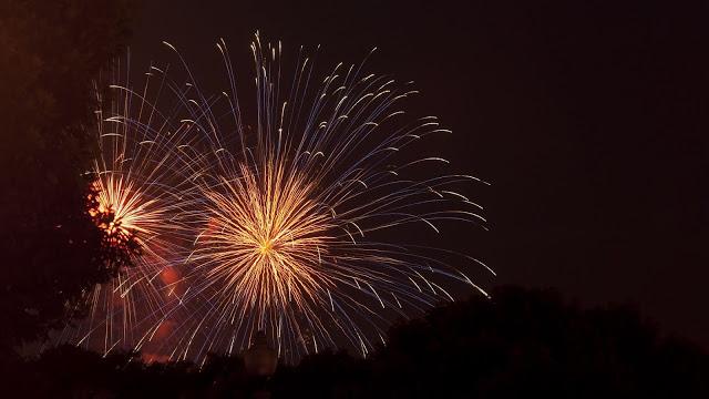 Fireworks, greeting, sparks, celebration.  Public holiday+ Download Wallpapers