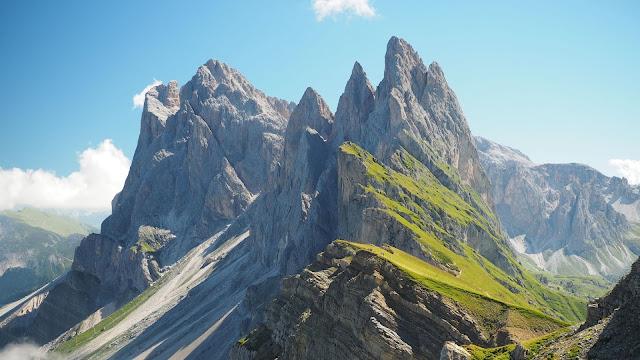 Mountain top wallpaper+ Wallpapers Download
