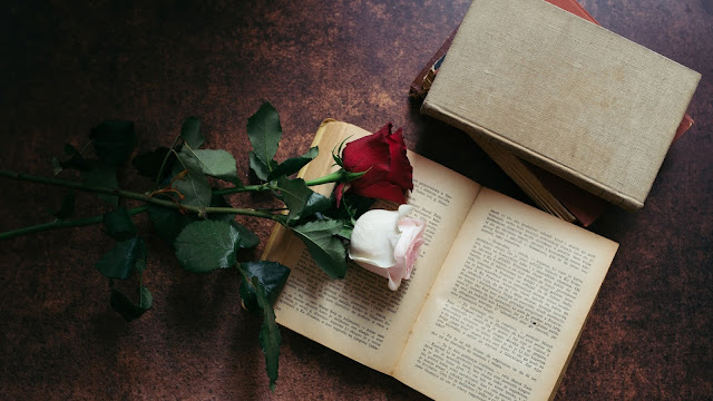Flowers and books Aesthetic wallpaper+ Wallpapers Download