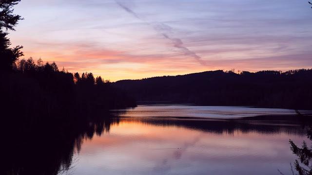 Twilight Lake and iPhone desktop wallpaper+ Wallpapers Download
